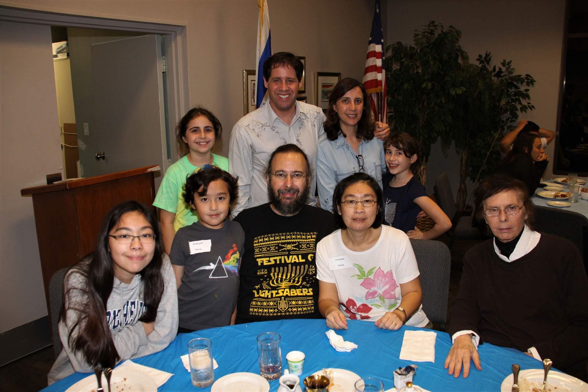 rabbi-family-slide-1